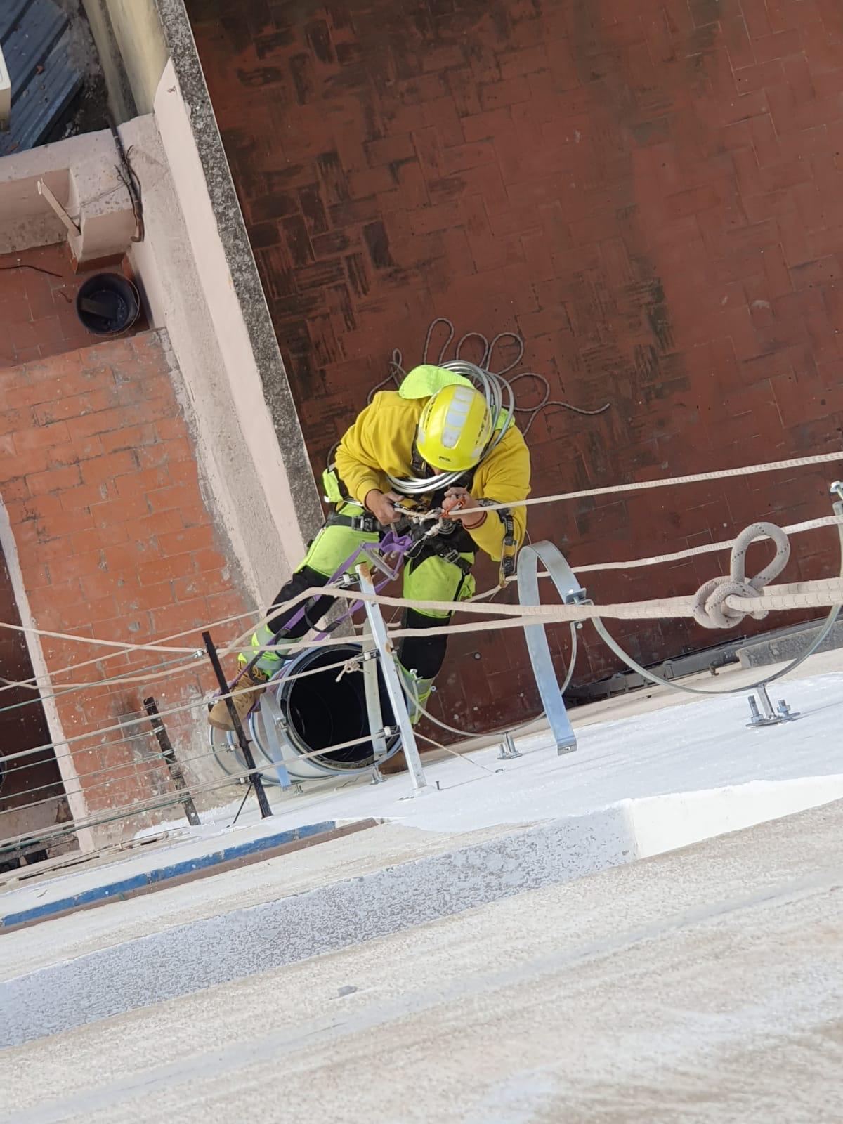 Medios para un montaje en instalaciones verticales